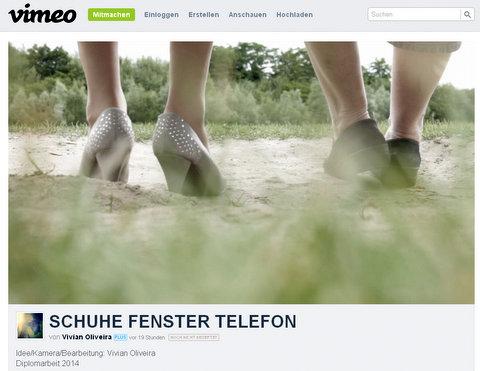 schuhe-fenster-telefon